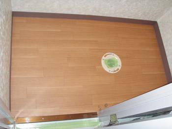 トイレ床張り替え2012−12 (4).jpg